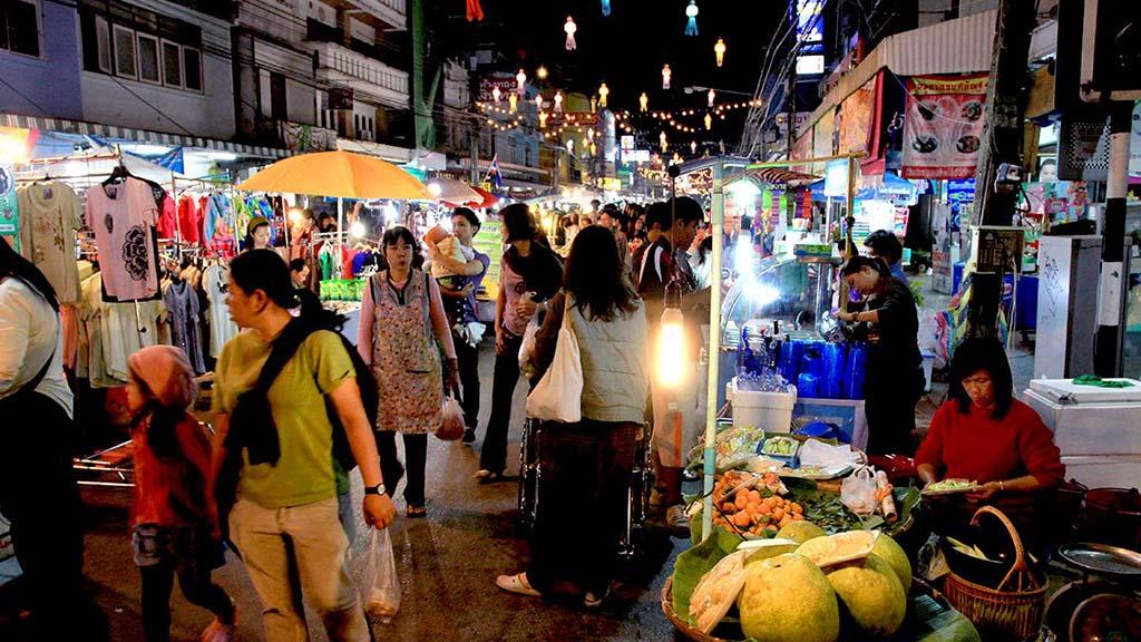 Chiang Rai Weekend Street Market