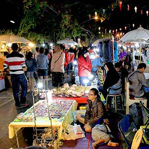 Chiang Rai, night market and street party