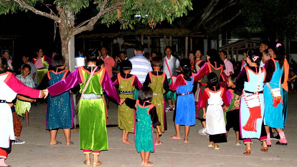Dancing during the Lisu Ney Year celebration.