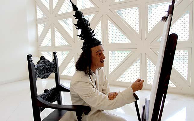 Estatua de Dalí en el MOCA, Bangkok